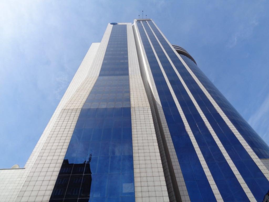 Wycena budynku biurowo-usługowego Millennium Plaza